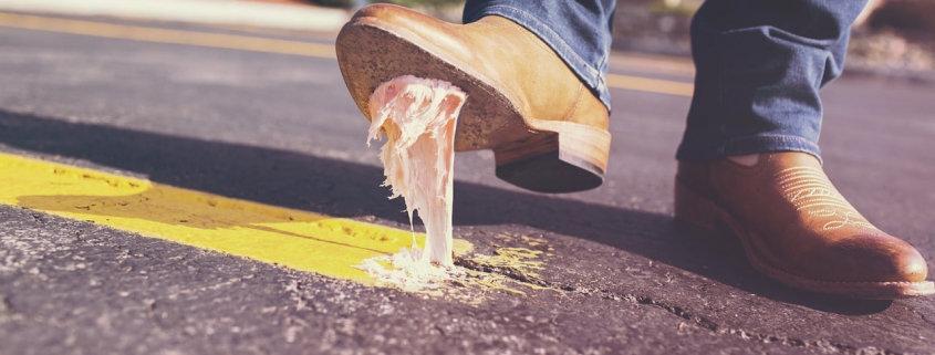 bubble-gum-shoes-glue-dirt-